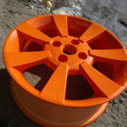 Оранжевый под перламутровым лаком